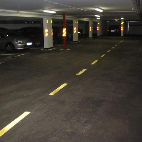 Подови за паркиралишта и гаражи